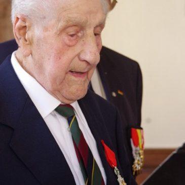 8 juin 2017 – SAULIEU – Remise des insignes de chevalier de l'Ordre de la Légion d'Honneur  à Roger PRETOT.