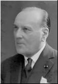 Mirebeau – L.R. VIARD  1862-1952  « UNE BELLE FIGURE MILITAIRE, UN HOMME, UN CHEF ET UN ÉRUDIT »